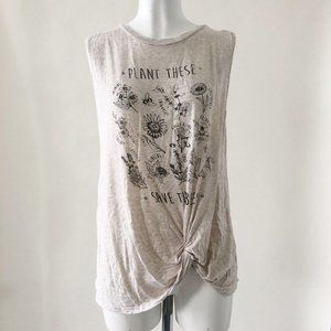 Tops - Plant these Save the bees twist tank